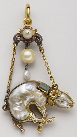 Pendant of the Order of the Golden Fleece First half of the 16th century – Gold, baroque pearls, emeralds and enamel