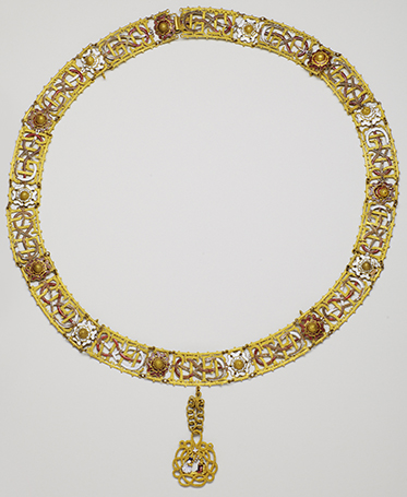 The Grand collar of the Most Holy Annunciation Reverse side, on the fastener clasp: n° 4 – 18th century (period of the kingdom of Sardinia)