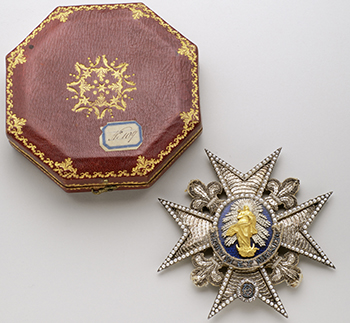 Grand Cross badge of the Order of Charles III Middle 18th century - Gold, silver, diamonds, pearls, lapis lazuli, silver thread embroidery, cannetille, beads and sequins