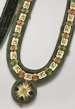 Collar of the Order of Saint Hubert of Bavaria – End 18th century – Gold and enamel; original jewel case in morocco leather with gilt tooling and silk velvet