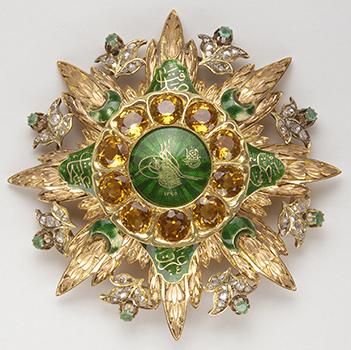 Plaque de l'ordre Imtiyaz - 2ème moitié du XIXe siècle - Or, diamants, émeraude, topaze et émaux